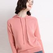 Супер нежный кашемировый женский пуловер с капюшоном.