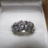 Изящное серебряное кольцо серебро 925пр.Одно на выбор