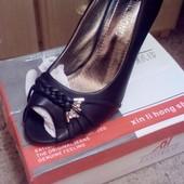 Распродажа!!! Классные туфельки с открытым носочком!!! Фото свои