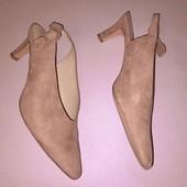 Туфли пудрового с открытой пяткой цвета