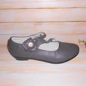 Туфли р35-22.5см стелька для девочки серого цвета