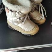 Зимняя обувь для двора.