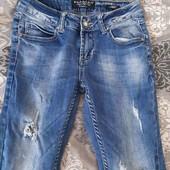 фирменные джинсы на девочку 152-158см рост