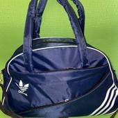 Спортивная вместительная сумка Adidas. размер 43*28 см