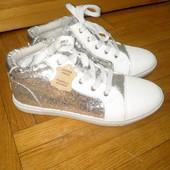 Фирменные ботинки Sprox, 24,5 см.
