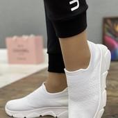 р.36 на ножку 23,5см летние белые кроссовки женские