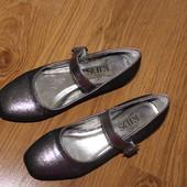 балетки, туфли на девочку, аккуратные! нарядно смотрятся, нюанс на фото, стелька 21,5см