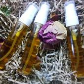 Увлажняющяч розовая вода с гиалуроновой кислотой(спрей)