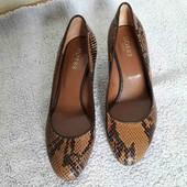 Шикарнейшие туфли от Hobbs