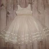 Нарядное платье Next на 6-7л,р.116