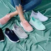 Женские мокасины и кроссовки. Качество отличное.