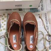 шикарные мокасины на танкетке 39р новые натуральные туфли
