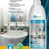 Средство чистящее для ванной комнаты универсальное 500мл. (Фаберлик)