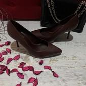 Туфлі із натуральної шкіри,від Minelli,розмір 40