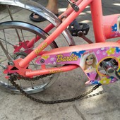 Велосипед на 3-9 лет для девочки, нужно сменить покрышки