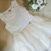Шикарное платье цвета Айвори на рост 122 в идеале