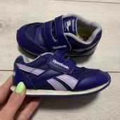 Отличные кроссовки Reebok оригинал 24,5 размер стелька 15,5 см ( на бирке 14 см )
