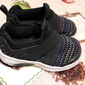 Классные кроссовочки размер 23стелька13.5см