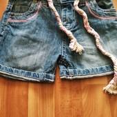 Шорты джинсовые,юбка, блузка... одним лотом