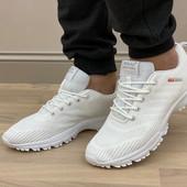 Кроссовки белоснежные бренда SаyoTA, проносите не один сезон. 41-26 см.