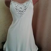 """Віскоза. Надзвичайно ніжна еластична нічна сорочка від """"Victoria's Secr"""". Хороший стан. Розмір 6-8"""