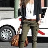Зауженные брюки карго цвета хаки с карманами от Tchibo(германия) размер 36 евро=42-44
