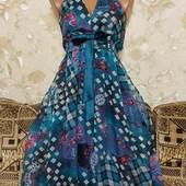 Интересное женское платьице Onado, размер С