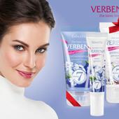 Крем для век серии Velvet Wear-гладкая ухоженная кожа век и сияющий взгляд.