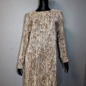 Качество! Стильное платье/плиссе от H&M, новое состояние