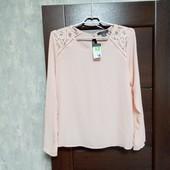 Фирменная новая красивая блуза р.12-14.