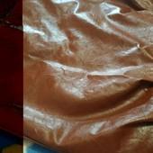 Сумка из кожзама коричневого цвета(очень мягкая)