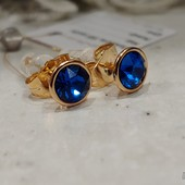 шикарные серьги-гвоздики с кристаллами Swarovski, цвет синий, позолота 585 пробы