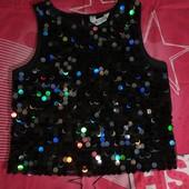 Эксклюзивная чёрная с поедками разноцветными блузка новая. H&M. Пог.41см.