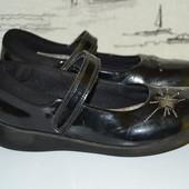 Шкільні туфельки Кларкс 31 розмір