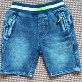 Котоновые джинсовые шорты. На 3-4 годика.