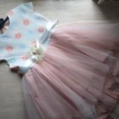 ♥️♥️♥️Нарядное платье,сзади удлинённое,в идеале♥️♥️♥️2-4 года