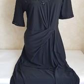 Новое, нарядное платье !!! Размер на бирке 14