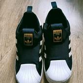 Кроссовки Adidas 20,5 см стелька