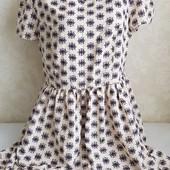 Красивое платье !!! Размер на бирке 18