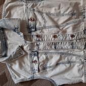 Стильна джинсова жилетка р.42