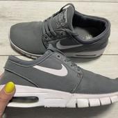Кроссовки Nike оригинал 38 размер стелька 24,5 см ( на бирке 24 см)