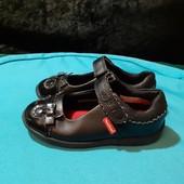 Черные туфли Toe Zone, разм. 26 (17 см внутри). Сост. хорошее!