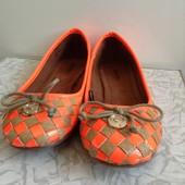 яркие бежевые балетки туфли 37