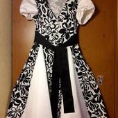 Очень красивое платье 50-52 р. Jet