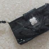 Новая небольшая сумочка лаковая экокожа, красивая фурнитура