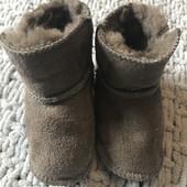 Дуже теплі уггі Ugg Australia підошва зверху 11см, на ніжку до 10 см, носили до 4-х місяців