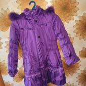 Роскошная теплая курточка-пальто на подстежка будет и зима и деми состояние новой