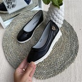 Шикарные туфельки.Идеальны для школы.