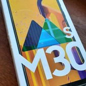 Телефон Самсунг м30s