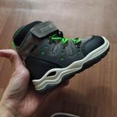 Водооталкивающие мембранные ботинки Waterproof. Термоботинки  Free Life